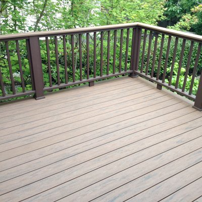 Master Decks of Seattle builds custom composite decking projects.